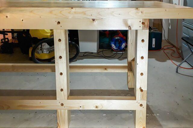 Holzwerkbank Seitenansicht